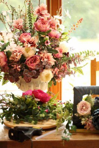 Display of flower arrangements