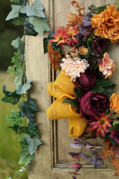 Grapevine with Amber Jute Ribbon